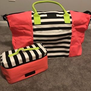 💖BUNDLE!💖 NWOT VS Large Tote & Travel Bag